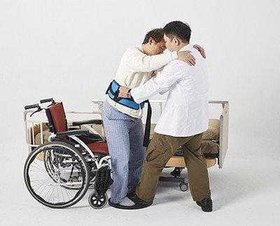 高齡長照問題急迫!第一線照護者分享「安全照護技巧」