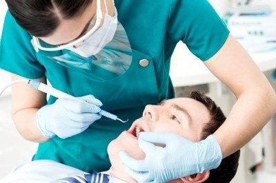牙周病引蜂窩性組織炎,恐致牙周囊腫、全口落牙