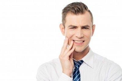 牙關痠痛!可能與顳顎頸肩有關