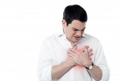 嚴重心肌梗塞,引發心肌缺氧恐致死