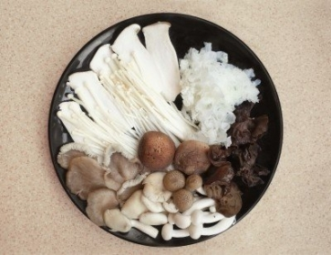 腎病患者大啖菇菇餐 竟嚴重惡化得洗腎