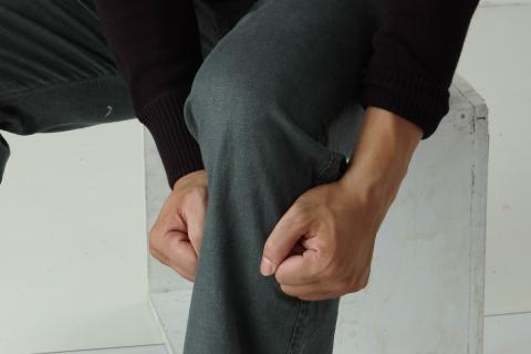 太極太流行 11) 按內關捶足三里:消除胃部不適〔介紹〕