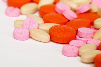服用「抗生素」時不能吃的4種食物