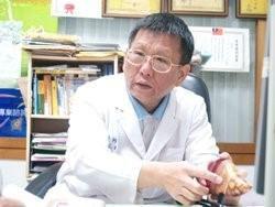 答題王李文華醫師 二十年如一日