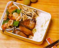 燴草蝦球盒餐