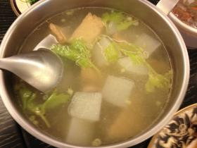 蘿蔔油豆腐排骨湯