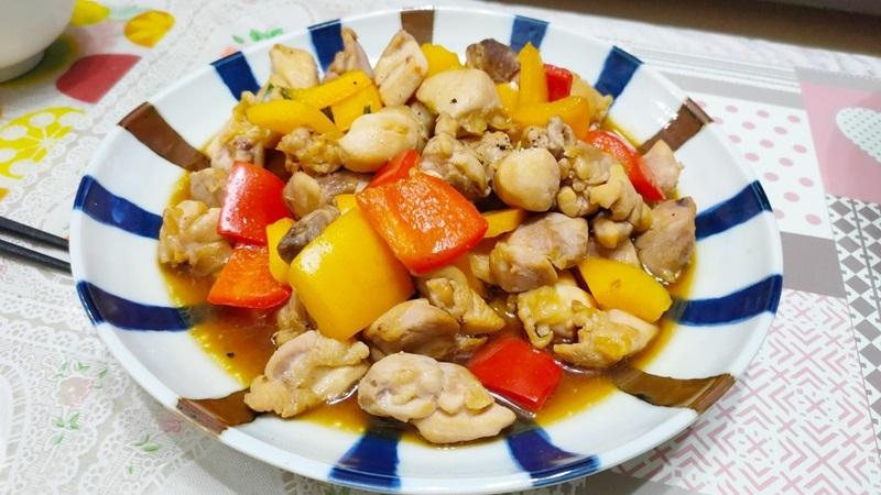 減脂食譜:醬燒彩椒雞腿肉(兩人份)
