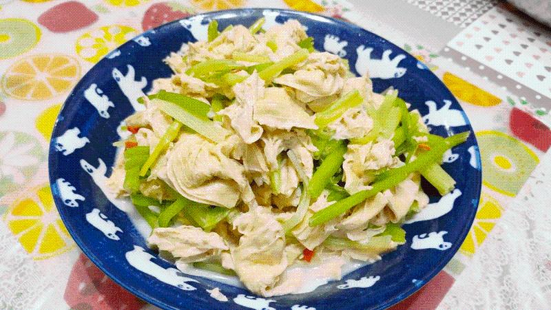 減脂食譜:芹菜炒豆皮